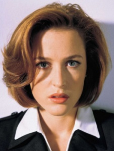 Gillian-Anderson-Before-plastic-surgery